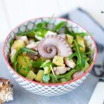 Салат с картофелем и осьминогом