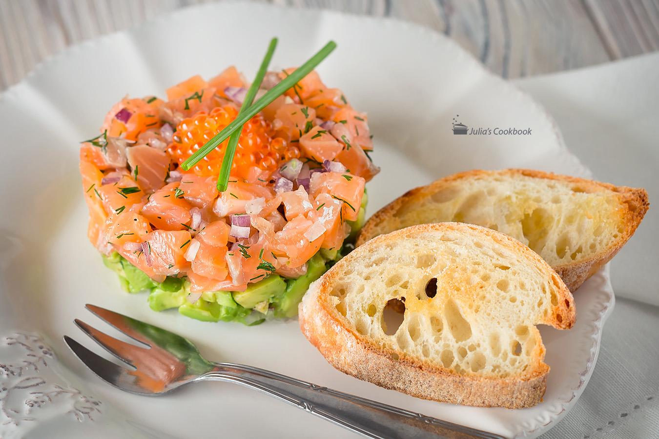 Порционный салат «Мимоза» с лососем рецепт – русская кухня: салаты ... | 900x1350