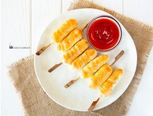 Вкусные сосиски в тесте
