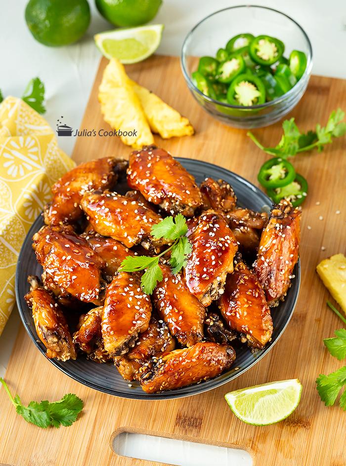 """Куриные крылышки с соусом """"huli huli"""""""