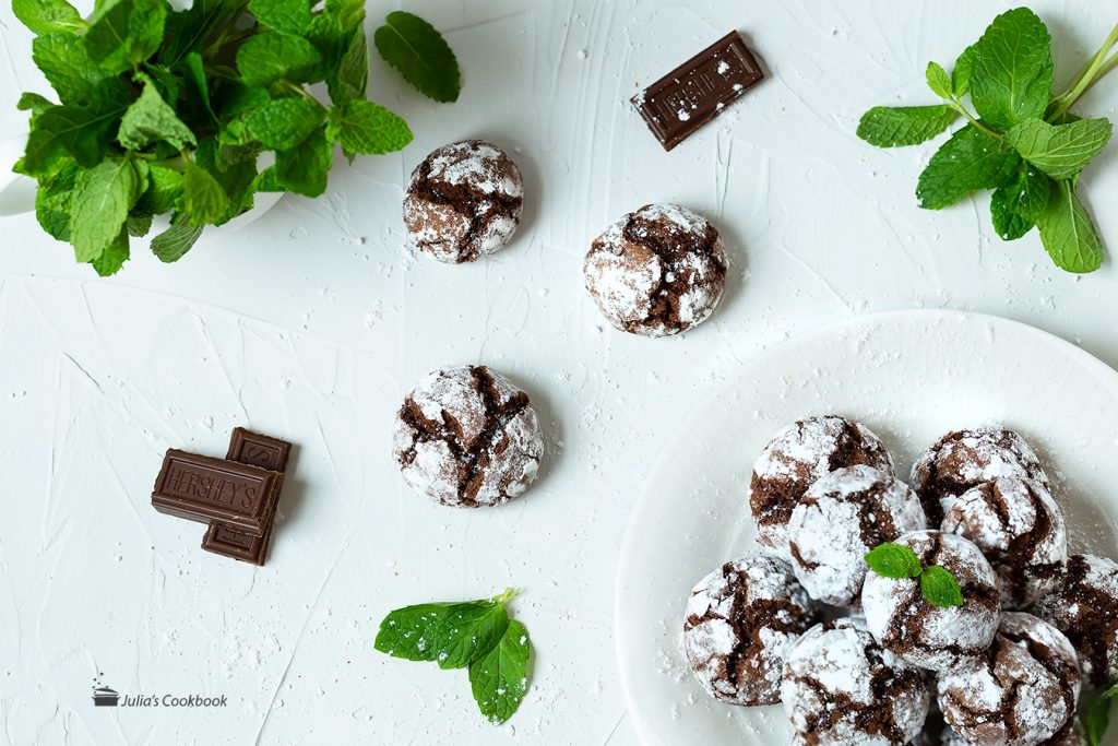 Мраморное шоколадное печенье с мятными нотками